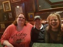 "Martina,Doris & Wick ind der ""Whisky Bar"""